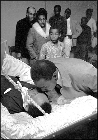 A kiss of remeberance for MLK